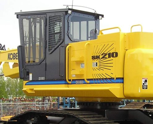SIDE ENTRY FORESTRY CAB WITH SHORT RISER